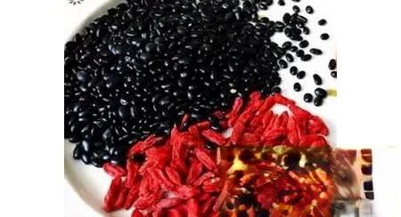 四百度老花眼吃药黑豆疗效明显
