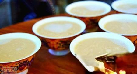 喝酥油茶,可缓解高原反应